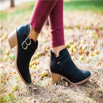 Fashion Pointed Head Plain Boots