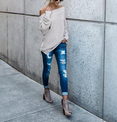 Sexy Shoulder-Length Long-Sleeved Knitted Sweater