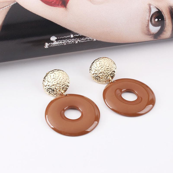 Vintage resin round earrings
