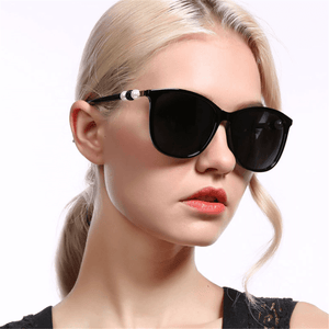 Vintage fashion pearl decorative sunglasses