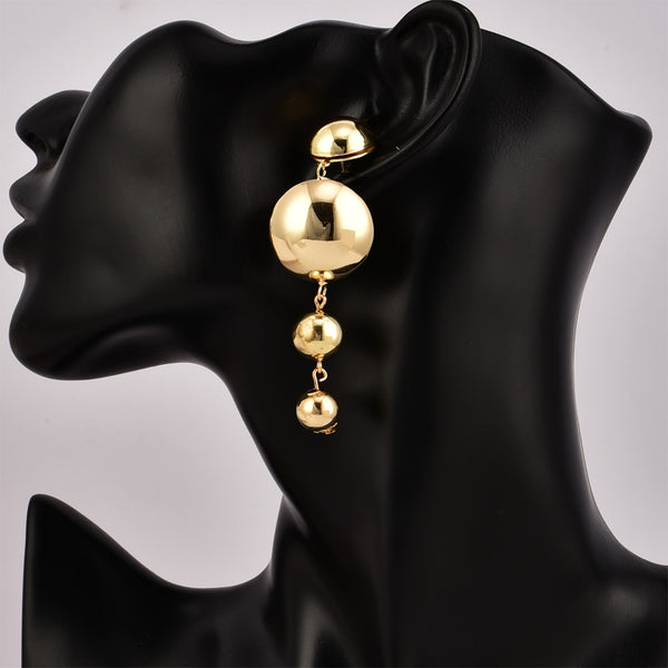 Fashion new round ball earrings