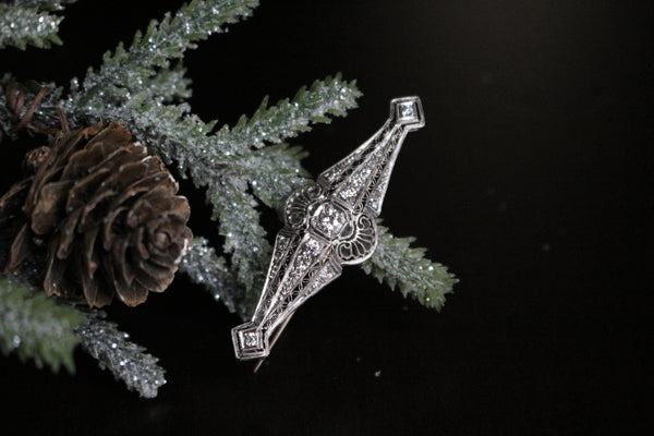 Art Deco Platinum Filigree and Old Cut Diamond Brooch