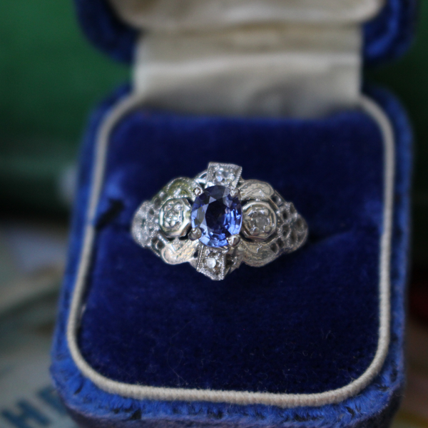 Art Deco White Gold and Cornflower Blue Sapphire Ring