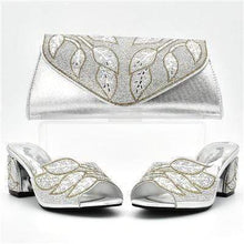 Load image into Gallery viewer, New Arrival Italian Women Shoes and Bag Set Decorated with Rhinestones