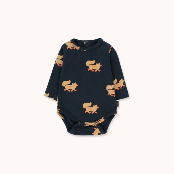 Foxes Body Navy Camel