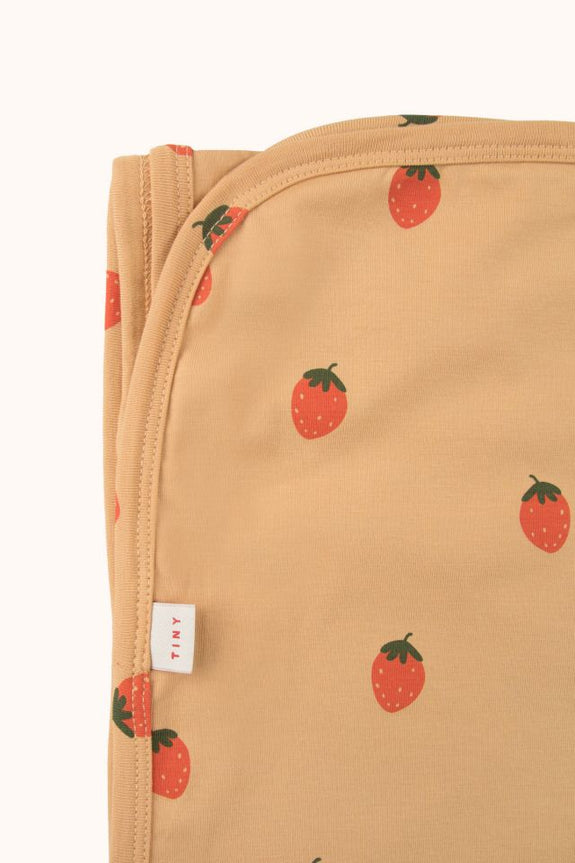 Strawberries Blanket