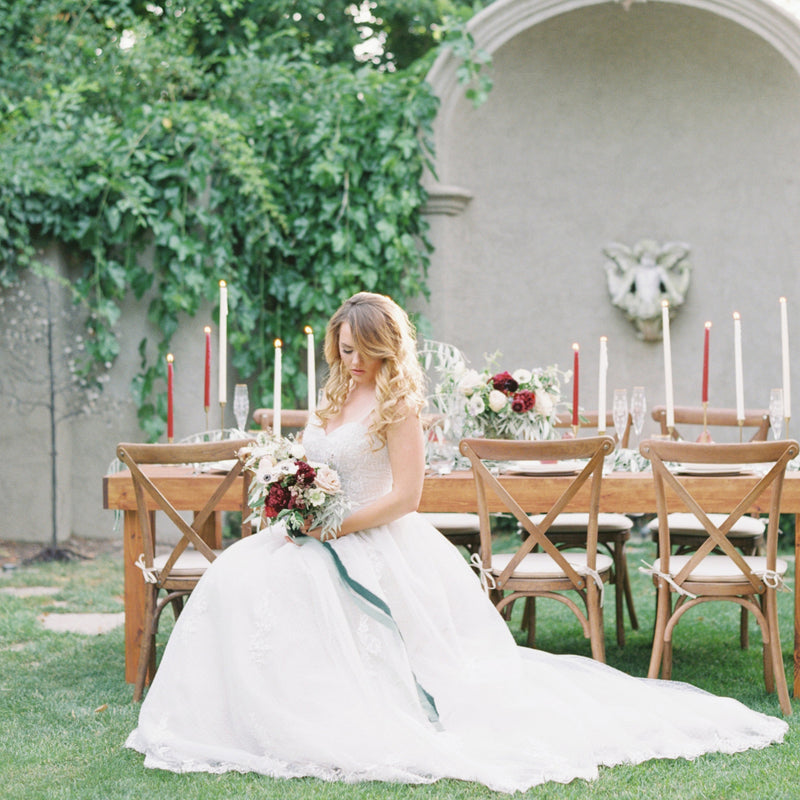 Garden wedding table and seating decor