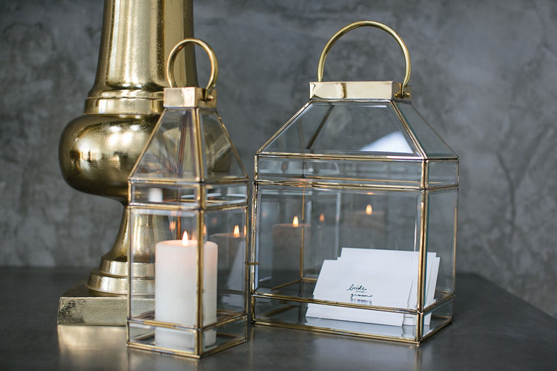 gold lantern and wedding card holder