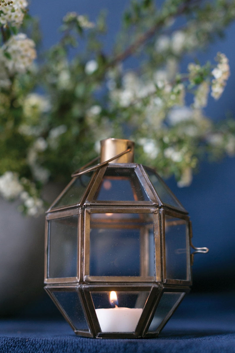 Geometric lantern with tea light