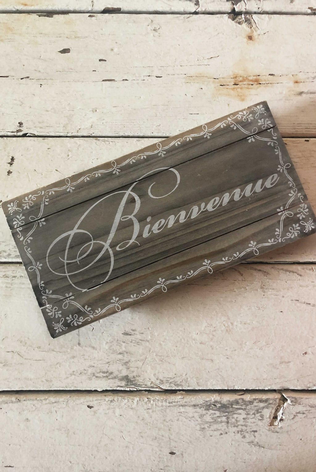 """Bienvenue"" Welcome Sign"