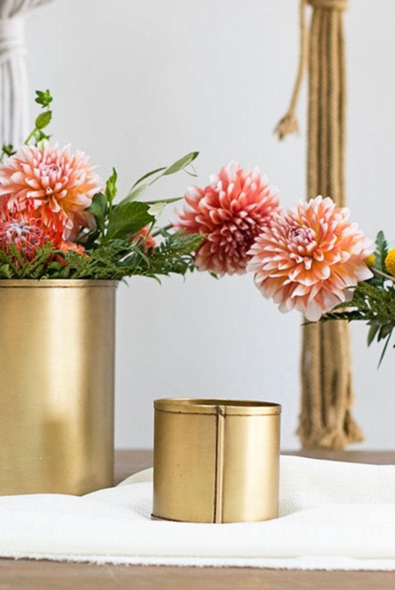 """Daisy"" Gold Tins 