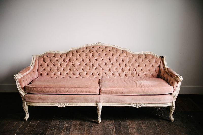 Tufted velvet pink sofa