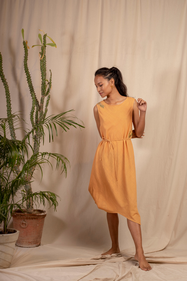 Sui | DEL MARE embroidered, herbal-dyed organic cotton khadi asymmetrical belted dress from Granita Summer Collection 2019