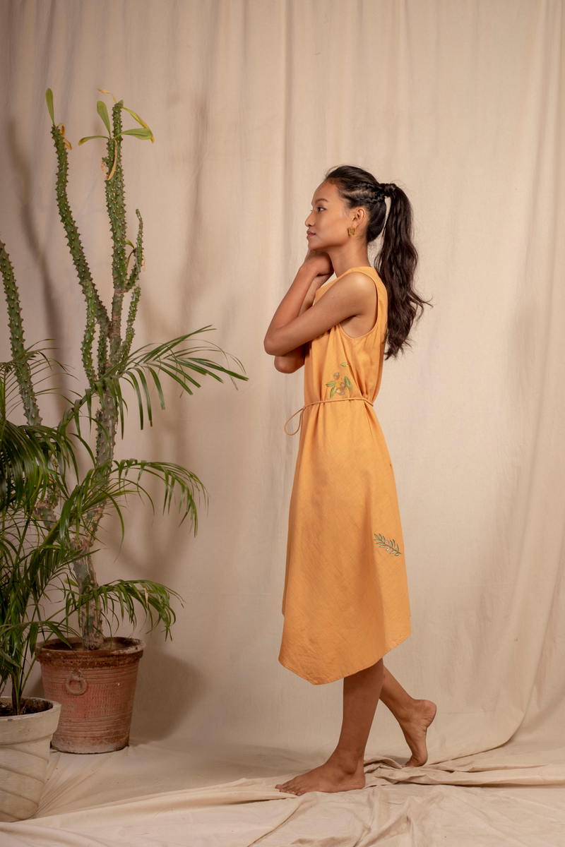 Sui | DEL MARE embroidered, herbal-dyed handwoven organic cotton asymmetrical belted dress from Granita Summer Collection 2019