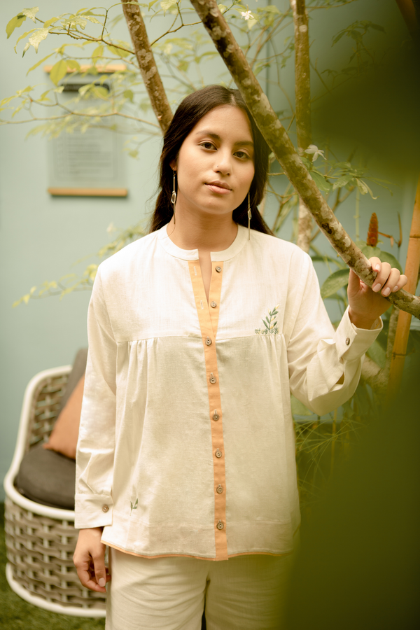 Sui | LEAFY DAYS embroidered organic cotton khadi casual button-down shirt from Basic-ally Sui 2.0 Collection 2019