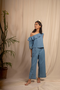 Sui | MARE BLU hand-embroidered, herbal-dyed hemp casual trousers from Granita Summer Collection 2019