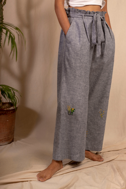 Sui | SUMMERTIME hand-embroidered hemp denim casual pants from Granita Summer Collection 2019