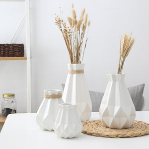 Matt Diamond Vases - Lussomo