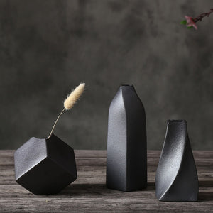 Retro Black Vases - Lussomo