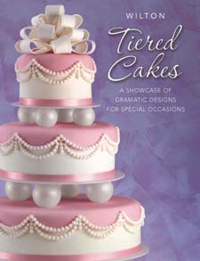 "Livre ""Tiered Cakes"" (902-1108)"