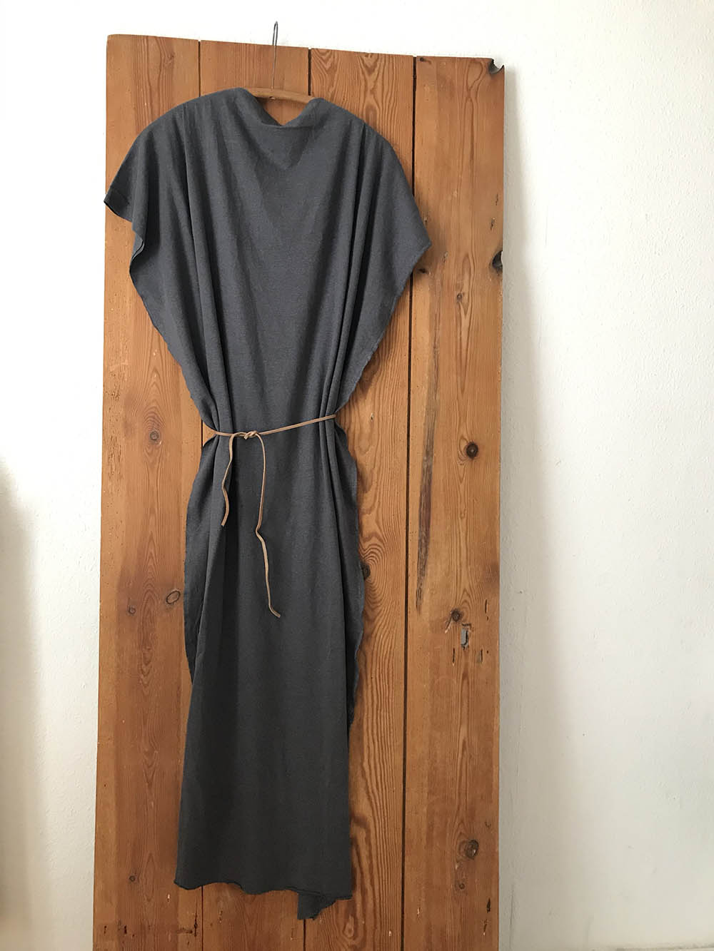 The Dress - dark grey