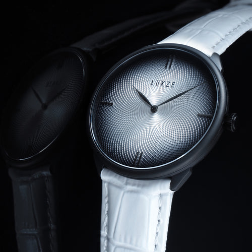 Clarity - Black/Pearl White (Guilloche Edition)