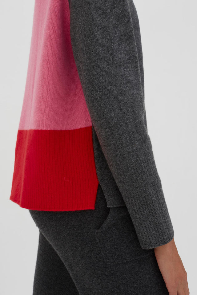 Grey Ribbed Back Cashmere Sweater image 5