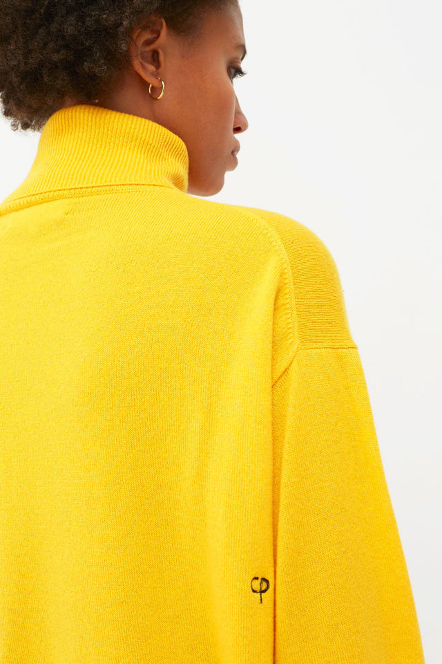 Yellow Snoopy So? Cashmere Sweater image 7