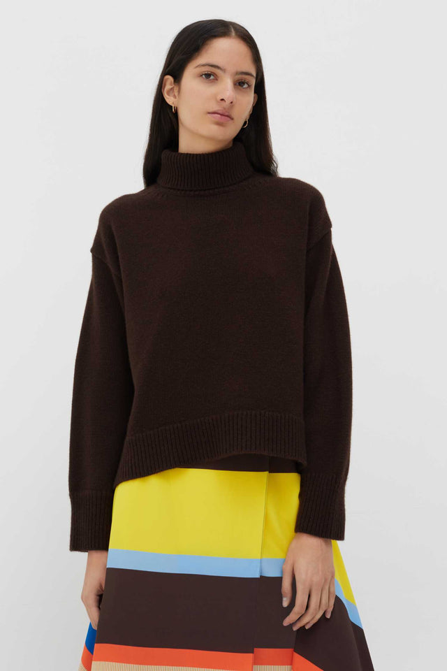 Chocolate The Premium Cashmere Sweater image 2