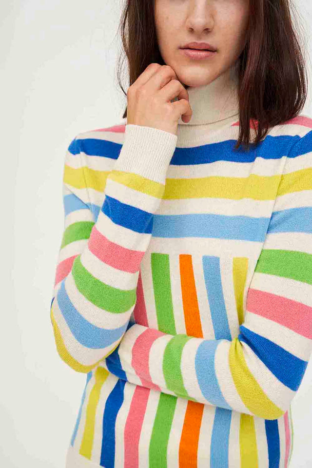 Graphic Stripe Wool-Cashmere Turtleneck Sweater image 2
