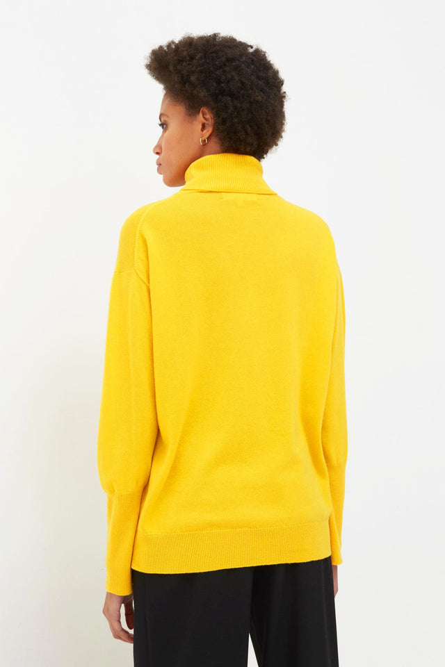 Yellow Snoopy So? Cashmere Sweater image 6