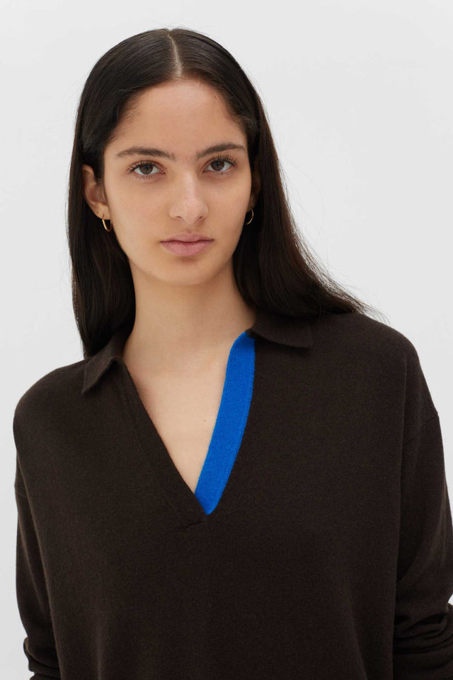 Chocolate Wool-Cashmere Collared Sweater image 5