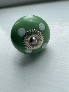 Fresh Green Spotted Knob