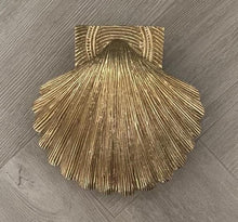 Load image into Gallery viewer, Brass Shell Door Knocker - Brass Finish