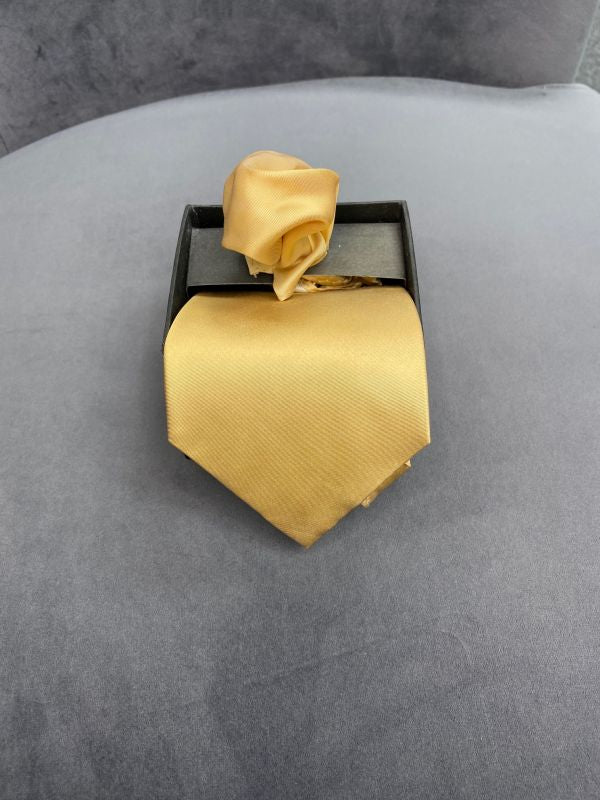 Victorian Gold Windsor Tie/Pocket Square