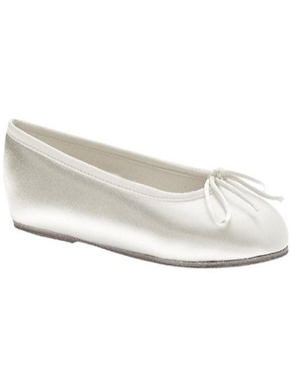 13M Ivory Shoes