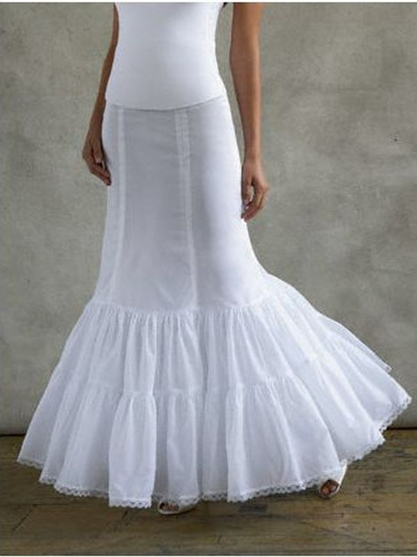 David's Bridal Size 12 550 White Slip