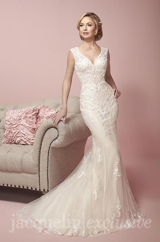 Jacquelin Size 10 19058 Ivory Gown