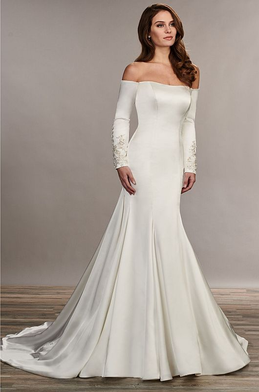 Mary's Bridal Size 10 MB3072 Ivory Gown