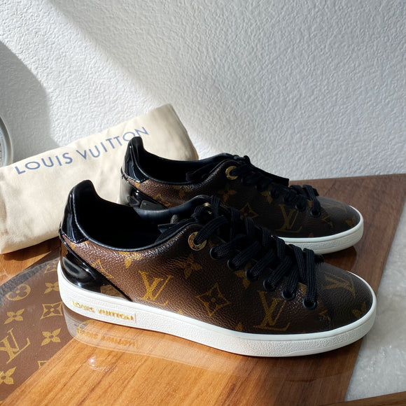 SIZE 4 WOMENS MONOGRAM LV SNEAKERS