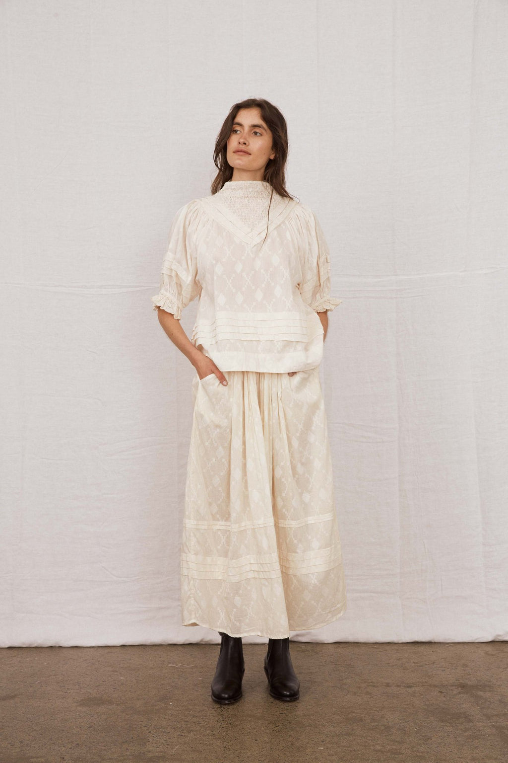 Shadow Pleat Blouse - Ivory