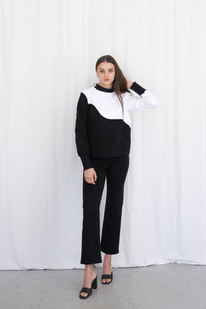 Wave Jumper - Black & White Rib