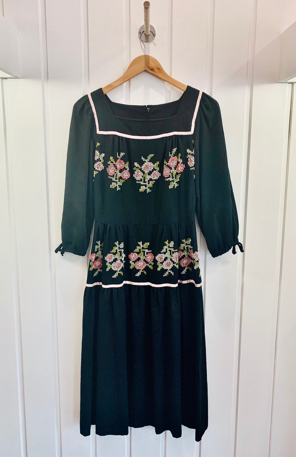 1950/60's Embroidered Peasant Dress