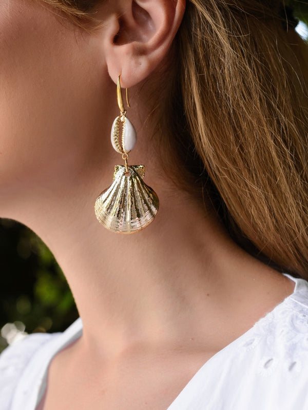 Gold Seashell Earring