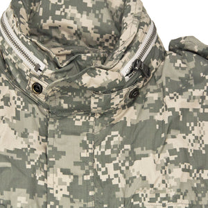 Sabre Ultralight Field Jacket in digital camo detail