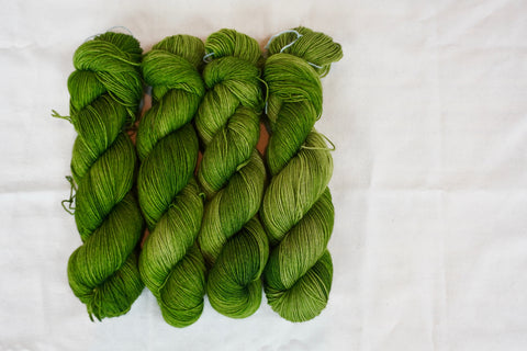 Chive Sock Yarn (100 g / 463 y) Hand Dyed