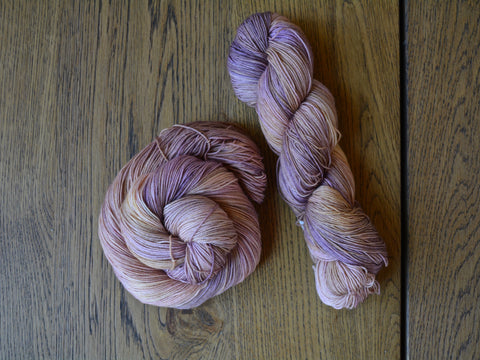 Antique Rose Sock Yarn (100 g / 463 y) Hand Dyed