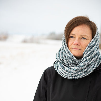 Winter Wonderland Hat & Cowl Pattern