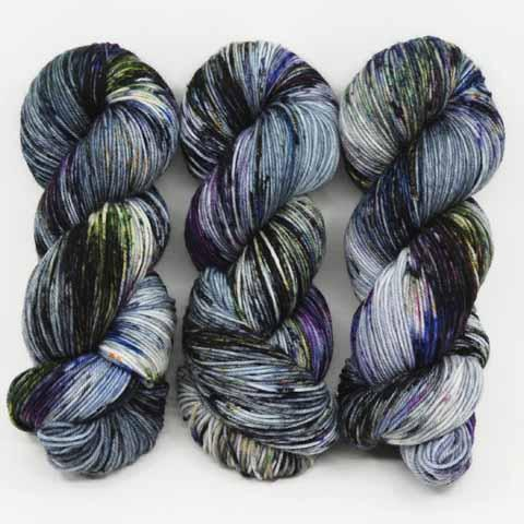 Dead Orchid in Fingering / Sock Weight