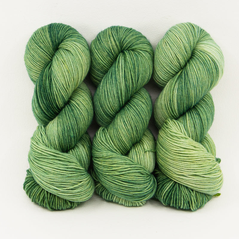 Dune Grass - Merino DK / Light Worsted - Dyed Stock
